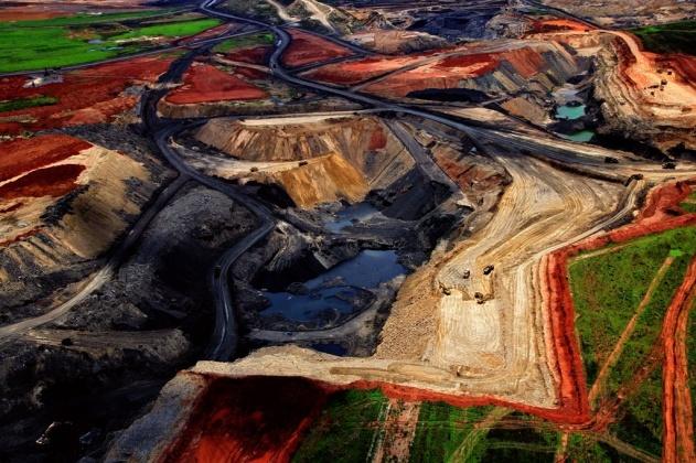 Mine de charbon à ciel ouvert près de Delmas, République d'Afrique du Sud (26°10' S – 28° 44' E).