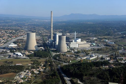 A partially coal-fired thermical power station in Gardanne, southern France, pictured on November 17, 2011. France will reduce use of fossil fuels by 30 percent by 2030 as part of a strategy to halve overall energy use by 2050, President Francois Hollande has announced. © AFP/File Gerard Julien
