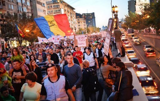 Protesters march against Rosia Montana Gold Corporation on September 15, 2013 in Bucharest. © AFP/File Daniel Mihailescu