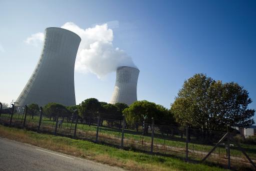 Trois salariés de la centrale nucléaire du Tricastin (Drôme) ont été touchés lundi par des effluents liquides radioactifs lors de l'explosion d'une pompe hydraulique, a-t-on appris auprès des pompiers. © AFP Lionel Bonaventure
