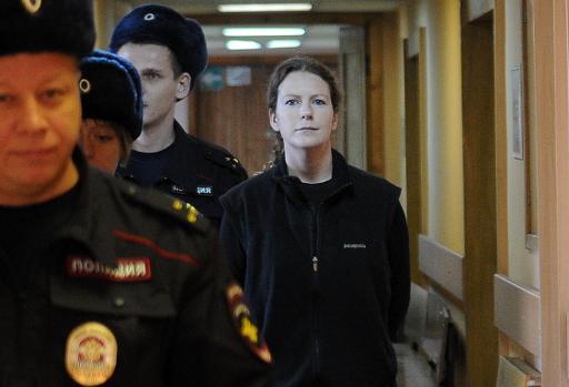 La justice russe a libéré mardi sous caution neuf membres de l'équipage du navire de Greenpeace arraisonné en septembre après une action contre une plateforme pétrolière dans l'Arctique, portant à douze le nombre des militants qui vont être relâchés. © AFP Olga Maltseva