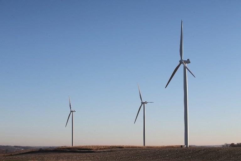 Middleton, Etats-Unis : des éoliennes situées à l'extérieur de Middleton dans le Wisconsin aux Etats-Unis. © Scott Olson/Getty Images/AFP