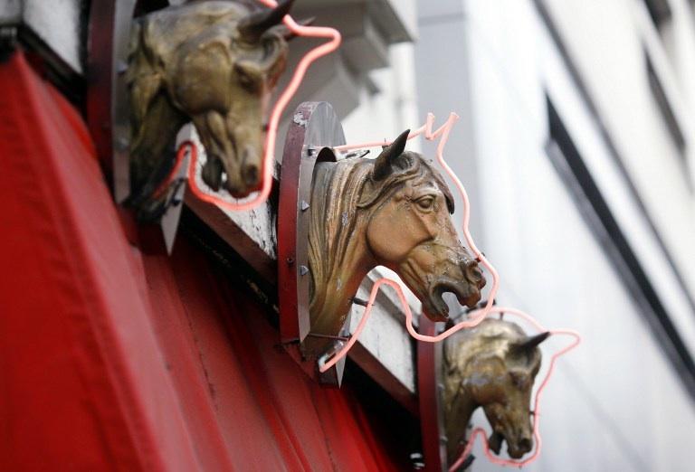 Paris, France: devanture d'une boucherie chevaline. © AFP PHOTO / THOMAS COEX