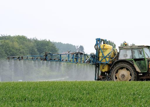 Près de 1.200 médecins de France métropolitaine et des Antilles ont signé un appel mettant en garde contre la dangerosité des pesticides, a-t-on appris mardi auprès du coordinateur de l'appel. © AFP/Archives Philippe Huguen