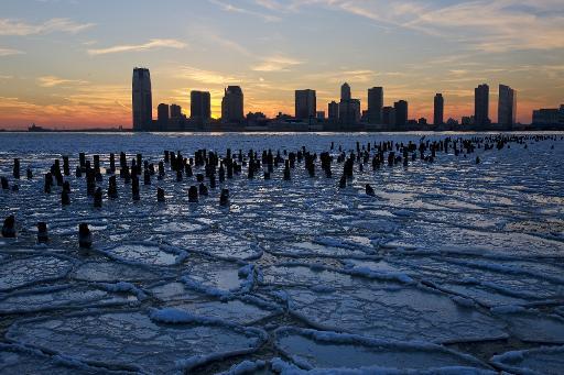 Des plaques de glace sur l'Hudson à New York, le 9 janvier 2014 © Getty/AFP/Archives Afton Almaraz
