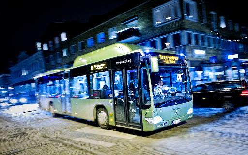 A bus travels through Vaexjoe, on January 15, 2014 © AFP Erik Martensson