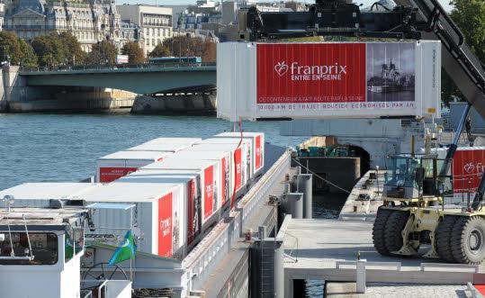 """Inauguration Franprix entre en Seine"""",  lundi 1er octobre 2012 à Paris © E. D."""