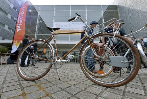 """Entrée de la Cité des Congrès de Nantes où s'ouvre """"Velo-city"""", un congrès mondial du vélo urbain et des politiques cyclables, le 3 juin 2015 © AFP GEORGES GOBET"""