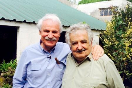 Yann Arthus Bertrand et José Mujica, le président Uruguayen © Tous droits réservés