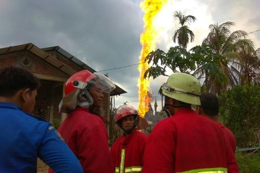 petrole feu