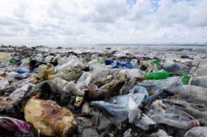 plastique gaz a effet de serre