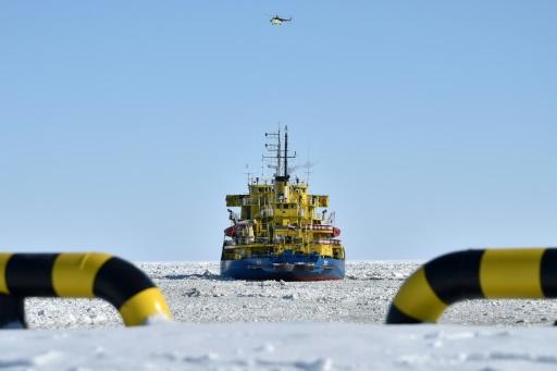 route du nord de l'arctique