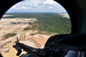 perou bases milaitaires amazones mines illegales