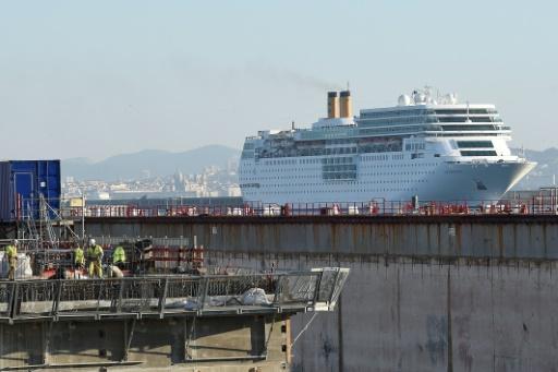 Un navire en cale sèche, dans la forme 10 à Marseille le 10 février 2015 © AFP/Archives Boris HORVAT