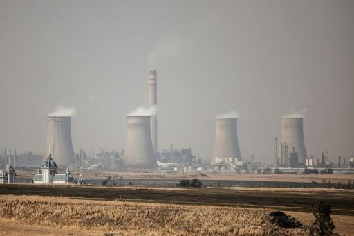 Une usine de production de pétrole synthétique à partir de charbon, à Secunda, en Afrique du Sud, le 6 septembre 2018 © AFP/Archives GIANLUIGI GUERCIA