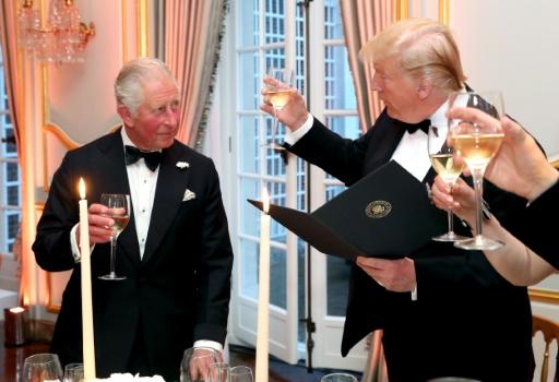 Le prince Charles et Donald Trump lors d'un dîner à la résidence de l'ambassadeur américain à Londres le 4 juin 2019 © POOL/AFP Chris Jackson