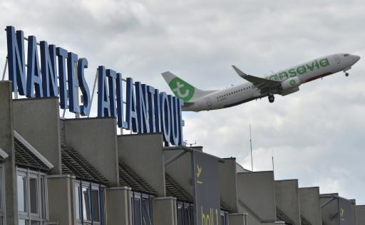 Un avion décolle de l'aéroport de Nantes-Atlantique, à Bouguenais, le 25 juin 2016 © AFP/Archives LOIC VENANCE