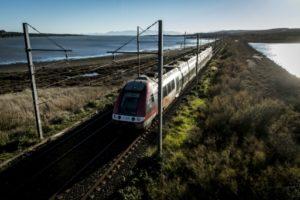 """La SNCF s'engage à neutraliser ses émissions de gaz à effet de serre et de particules fines et à atteindre un objectif """"zéro déchet"""" d'ici 2035 © AFP/Archives ERIC CABANIS"""