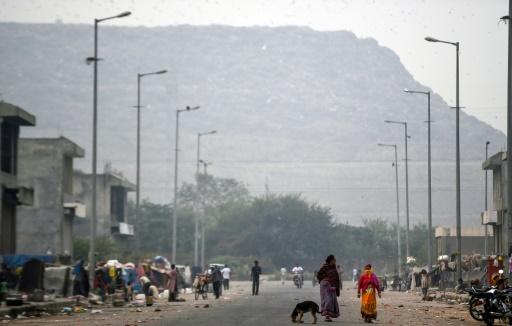 Vue de la montagne de déchets la plus élevée d'Inde, en banlieue de New Delhi, prise le 13 noembre 2018 © AFP/Archives Money SHARMA, Money SHARMA