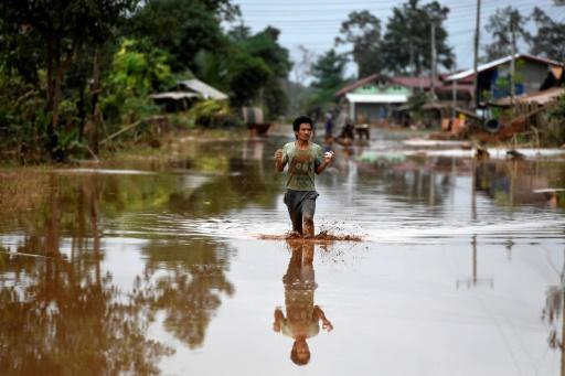 Un village inondé au Laos après l'effondrement d'un barrage, près de Sanamxai dans la province d'Attapeu le 26 juillet 2018 © AFP/Archives NHAC NGUYEN