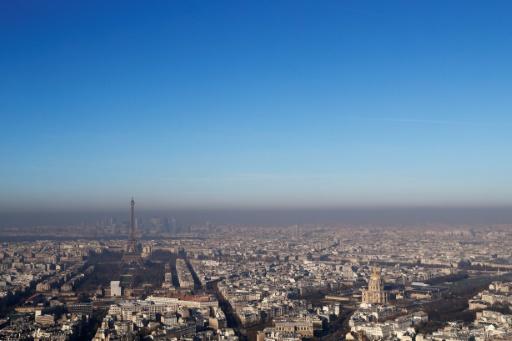 Vue de Paris depuis la Tour Montparnasse le 5 décembre 2016 © AFP Thomas SAMSON
