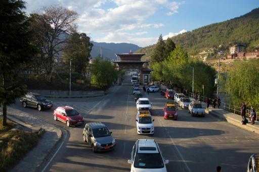 Des voitures dans un bouchon à Thimphou, la capitale du Bhoutan, le 19 avril 2019. © AFP Upasana DAHAL