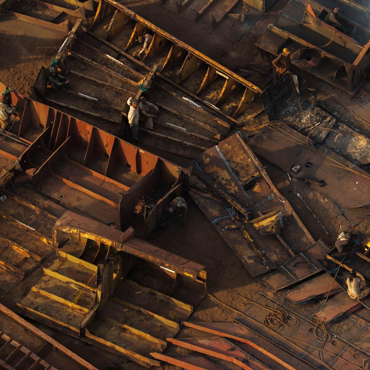 Gadani : chantier de démolition de navires, Baloutchistan, Pakistan. (25°1' N - 66°42' E)