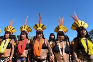 Des indigènes brésiliennes manifestent à Brasilia le 13 août 2019 pour protester contre la politique du président Bolsonaro © AFP EVARISTO SA