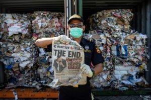 Indonésie, conteneurs de déchets