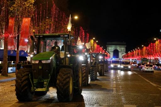 agriculteurs manifestent