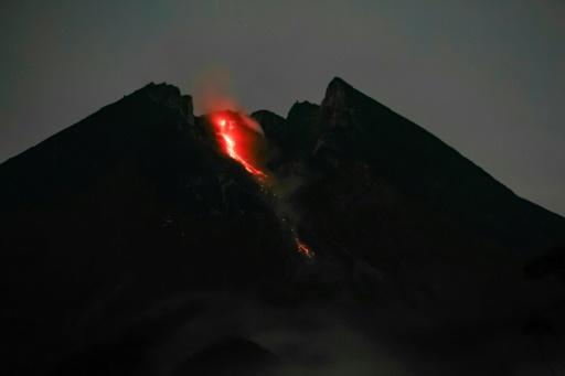 ruption du volcan Merapi