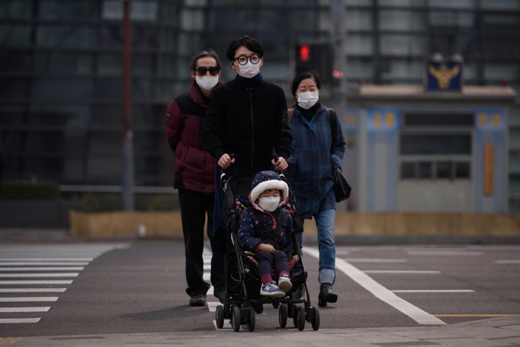 pousstte pollution de l'air exposition enfants bébés nouveaux nés