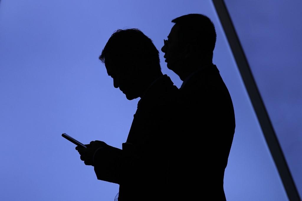 5G nicolas bérard ondes ondes réseaux smartphones electrosensibilité