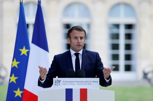 Macron CCC