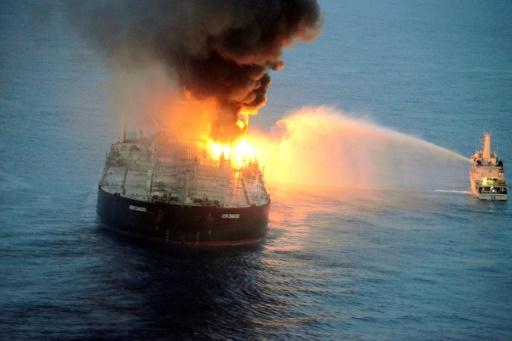 pétrolier incendie