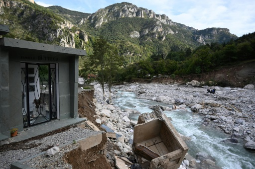 Cercueil Tende crues Alpes-Maritimes