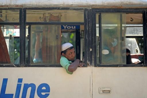bus Rohingyas Bangladesh