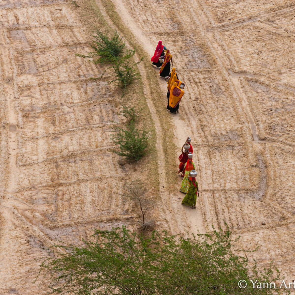 femmes eau Inde