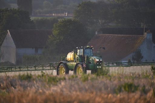 tracteur glyphosate pesticides France