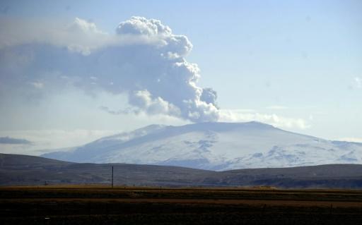 uslande eruption volcan