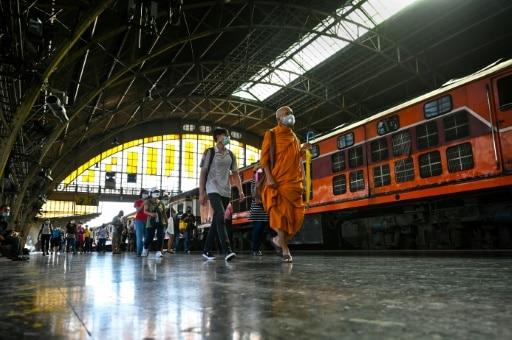 bangkok gare historique terminus