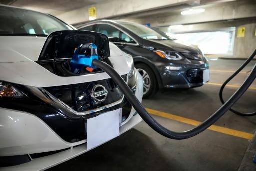 voiture électrique biden accélération