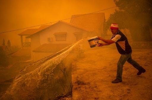 incendies grèce évacuation derniers
