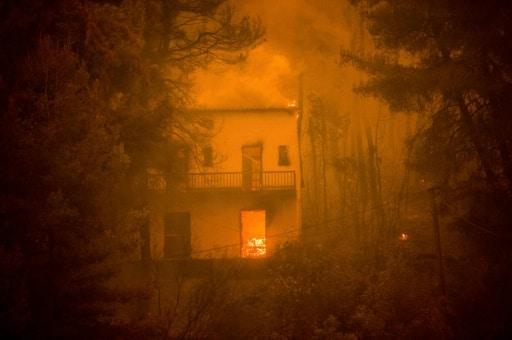 incendies eubée ile grèce pompiers