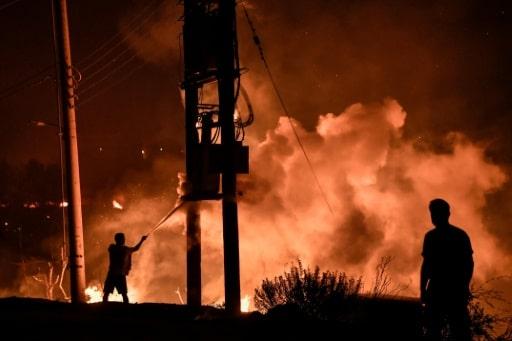 incendie grèce pompiers difficultés