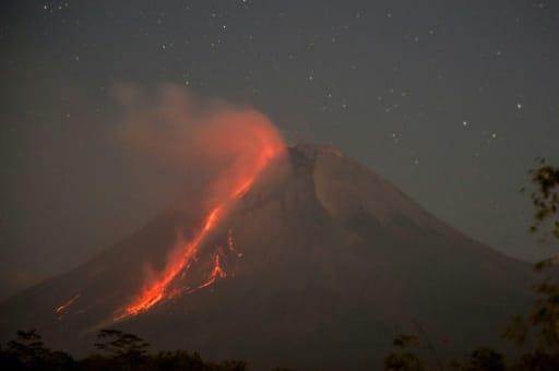 indonésie éruption volcanique