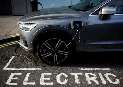 point de chargement voiture électrique shell